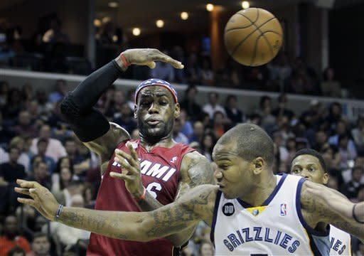 Grizzlies beat Heat 104-86 for 5th straight win
