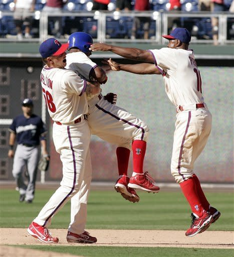 Phillies rally again to beat Brewers 7-6 in 10