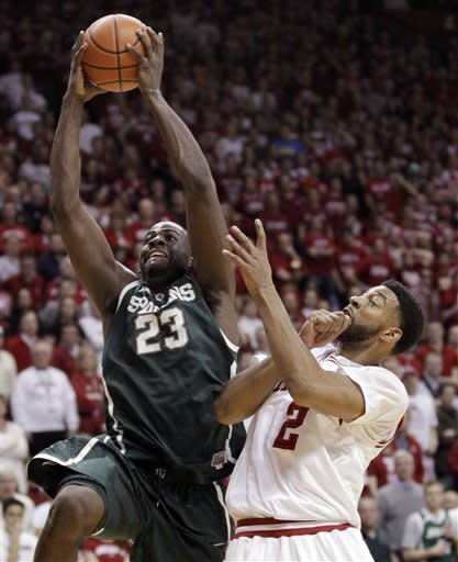 No. 18 Indiana holds off No. 5 Michigan St. 70-55