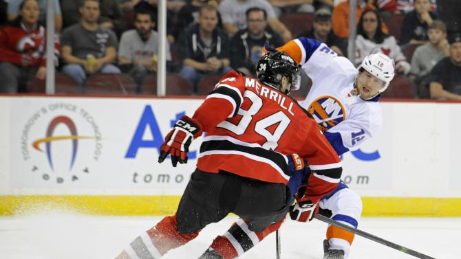 Bailey helps Islanders beat Devils 5-3