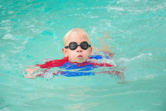 Poop Prevalent in Public Pools, CDC Says