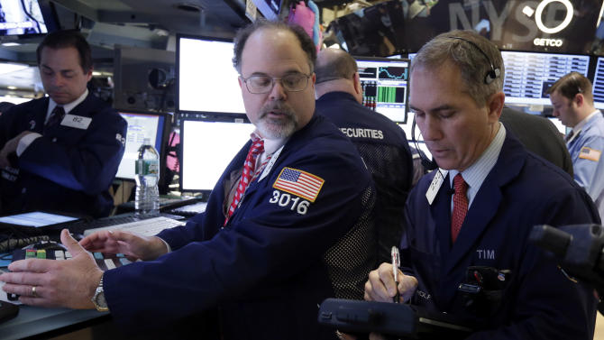 Dow hits 14,000 for 1st time since October 2007