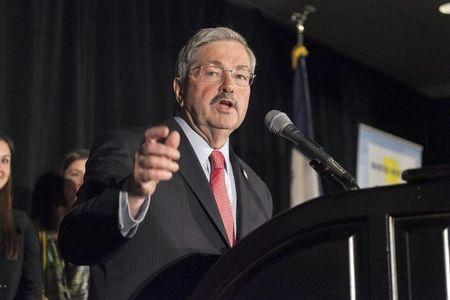 Iowa Governor Branstad speaks following victory at the Republican election night rally for the U.S. midterm elections in West Des Moines, Iowa