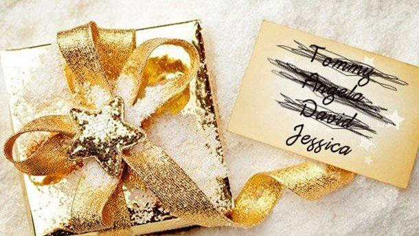 How to 'Regift' for the Holidays Without Embarrassing Yourself