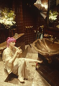 zandra rhodes pink hair bathroom 1978