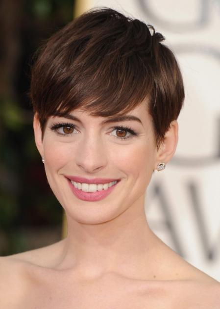 Anne Hathaway arrives at the 70th Annual Golden Globe Awards held at The Beverly Hilton Hotel on January 13, 2013 in Beverly Hills -- Getty Images