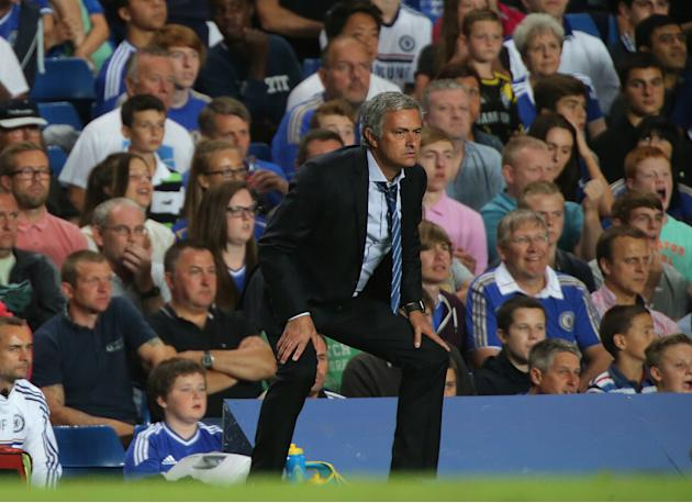 Soccer - Barclays Premier League - Chelsea v Aston Villa - Stamford Bridge