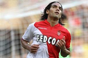 Kone claims Falcao is 'quite easy' to mark
