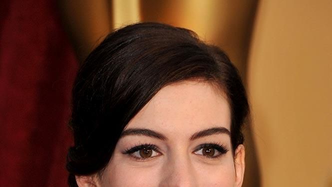 Actress Anne Hathaway arrives at the st Annual Academy Awards held at The Kodak Theatre on February in Hollywood California arrivals