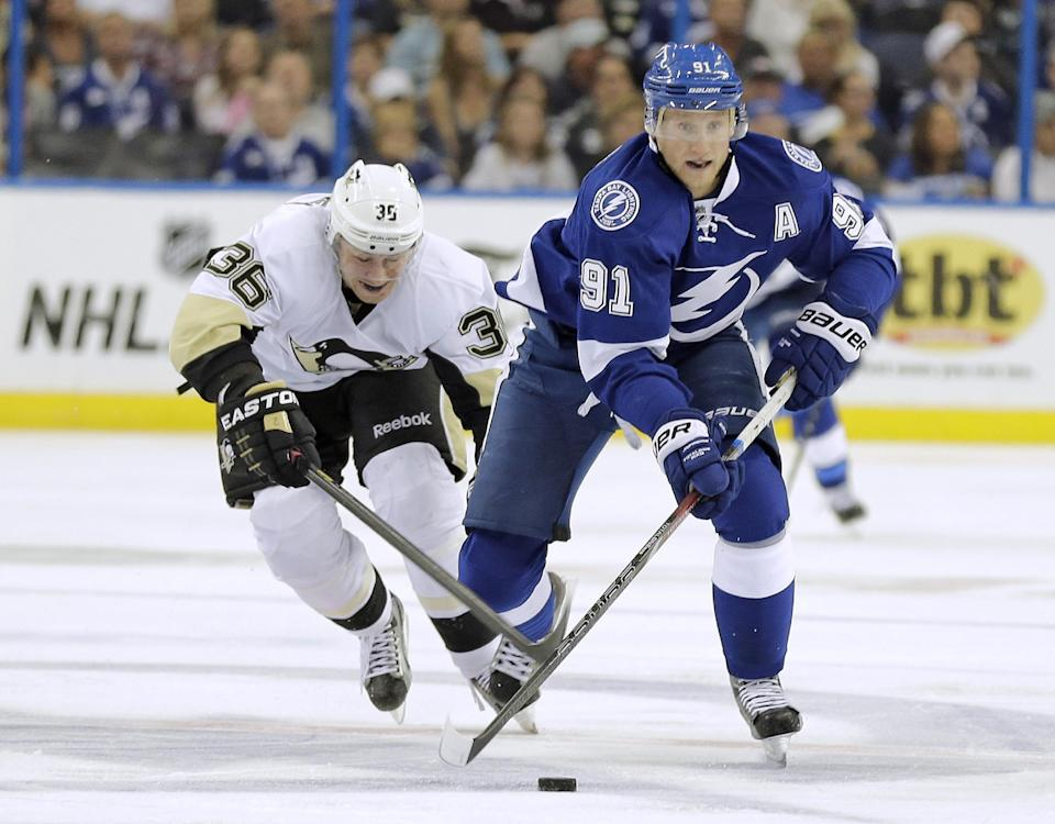 Crosby helps Penguins top Lightning 5-4