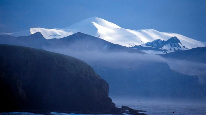 Akutan Island seen from the Baby Islands Aleutian Islands, Alaska, United States of America. © Kevin Schafer / WWF-Canon