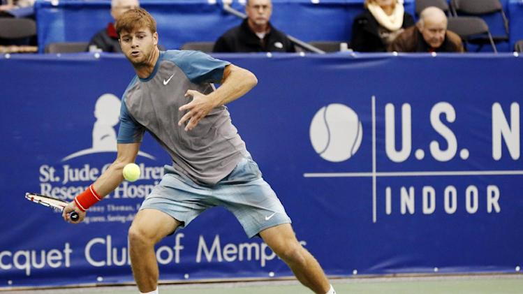 Defending champ Nishikori wins in Memphis debut