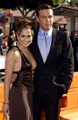 Premiere: Jennifer Lopez and Ben Affleck at the LA premiere of Gigli - 7/27/2003 