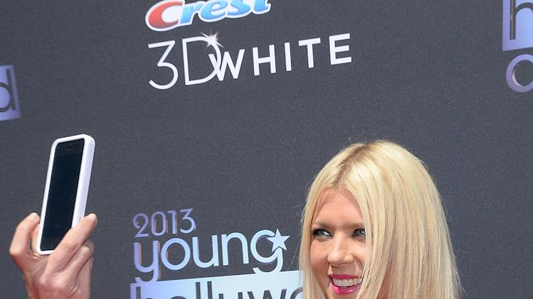 2013 Young Hollywood Awards Presented By Crest 3D White And SodaStream / The CW Network - Red Carpet