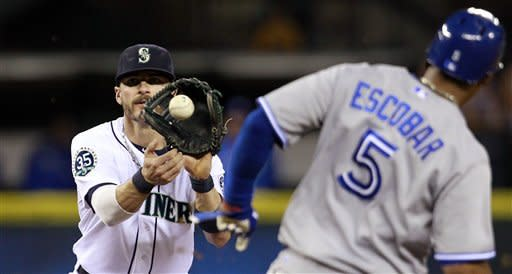 Ackley has 3 RBIs, leads Mariners over Jays