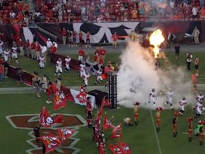 Defensive Tackle Derek Landri Injured in Tampa Bay Bucs' Heartbreaking 16-14 Defeat