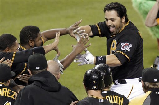 Barajas' homer lifts Pirates past Nationals 5-4
