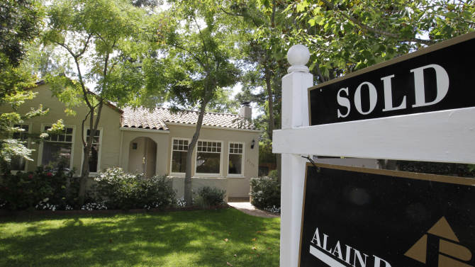 US housing recovery gains momentum in August