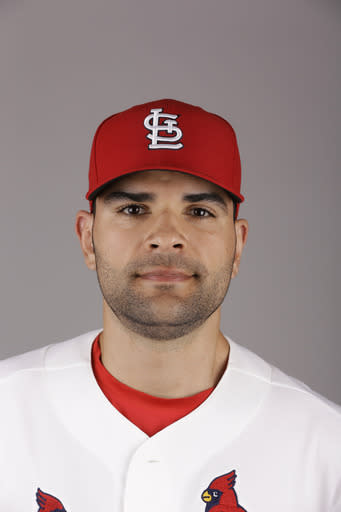 Garcia scratched from start by Cardinals because of shoulder