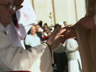 Raw: Pope Receives Fisherman's Ring