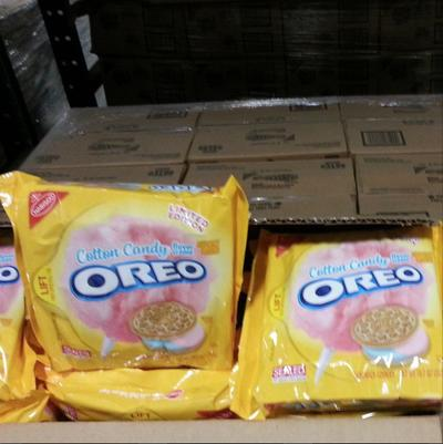 Cotton Candy Oreos are coming