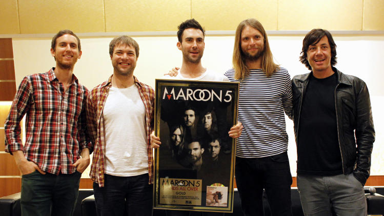Maroon 5 launch summer tour, writes for new album