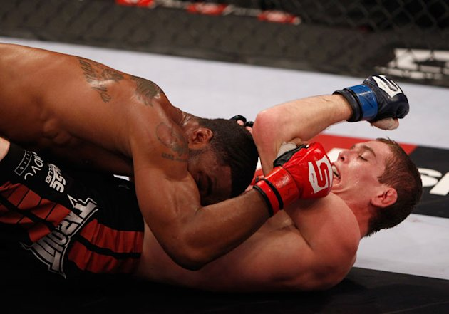 Strikeforce: UFC Mixed Martial Highlights