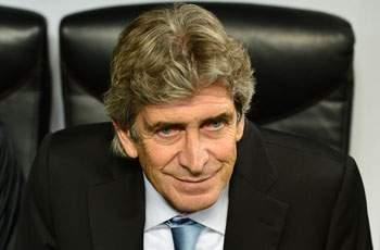 Pellegrini will build something at Manchester City - Van Nistelrooy