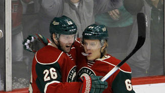Vanek scores 2 goals, Minnesota Wild beat Carolina 6-3
