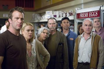 Thomas Jane , Laurie Holden , Frances Sternhagen , Buck Taylor , David Jensen and Jeffrey De Munn in Dimension Films' Stephen King's The Mist