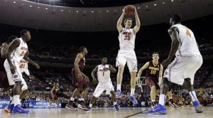 Big 1st half propels Florida over Minnesota 78-64