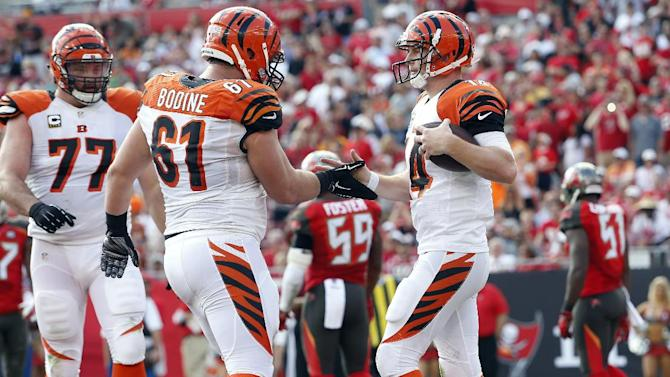 Bengals work to fix right tackle problem