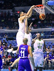 Japeth Aguilar with a slam. (PBA Images)