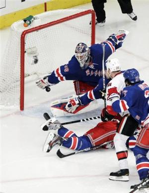 Neil's OT goal lifts Sens over Rangers in Game 2