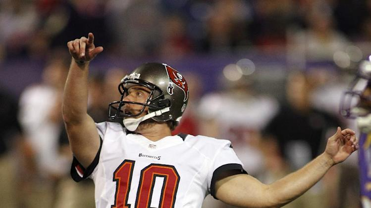 Tampa Bay Buccaneers kicker Connor Barth looks on after kicking a 28-yard field goal during the first half of an NFL football game against the Minnesota Vikings Thursday, Oct. 25, 2012, in Minneapolis. (AP Photo/Andy King)