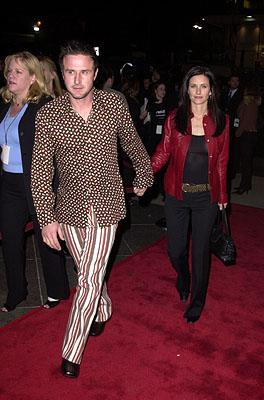 Premiere: David Arquette with wife Courteney Cox at the Los Angeles premiere of Guy Ritchie's Snatch (1/18/2001)
