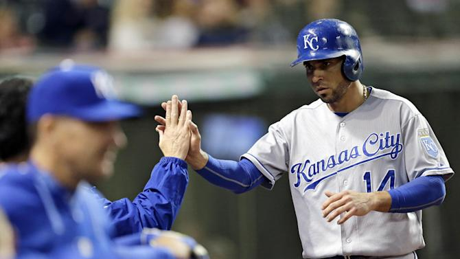 Royals beat Indians 2-0, gain on Tigers