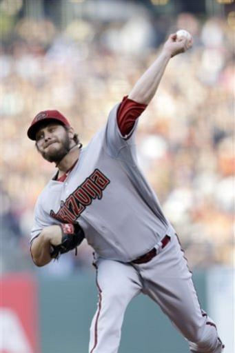 Giants beat D-Backs for 2nd straight day, 4-3