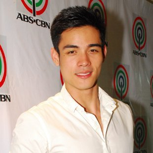Xian Lim (Photo courtesy of ABS-CBN) Xian Lim is not in the business