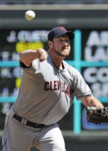 Lowe rolls on for Indians in 5-0 win over Twins