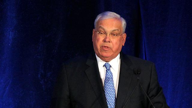 Boston Mayor Thomas Menino Recovering From Droopy Eyelid Surgery