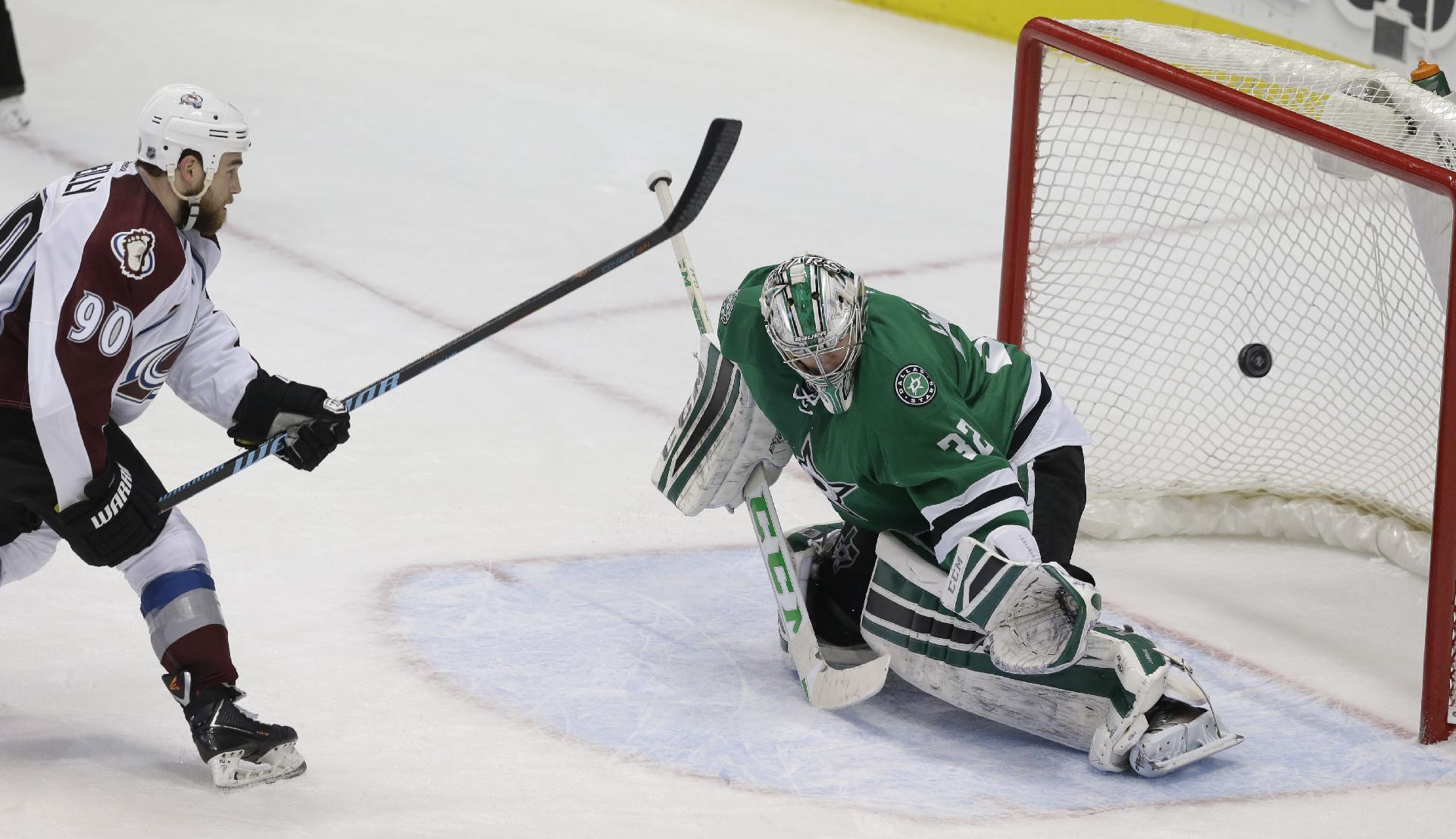 Avalanche rally, beat Stars in shootout 5-4