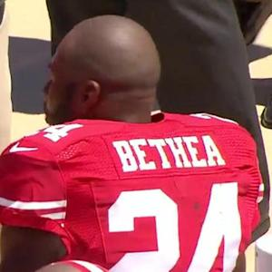 San Francisco 49ers safety Antoine Bethea injured vs. Broncos