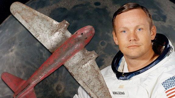 Apollo 11 Moonwalkers' Toy Plane, Toothbrush Up for Auction