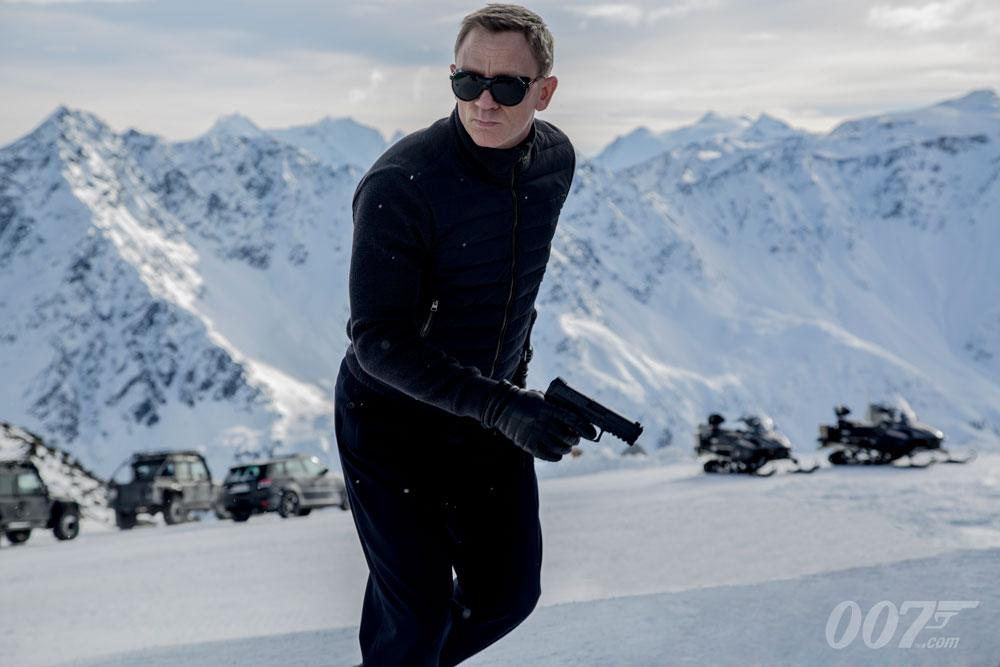 'Spectre' Trailer: James Bond Is Coming, And Stuff Is Exploding