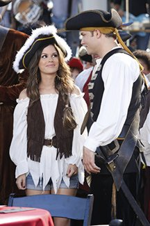 "Arrr, matey: ""Hart of Dixie"" has taken ""cutesy"" to a whole new level (Greg Gayne/The CW)"