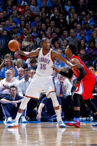 Thunder shut down Griffin, thump Clippers 114-91