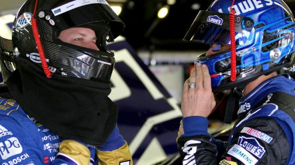 Head2Head: Will Martinsville make the Chase a two-man race?