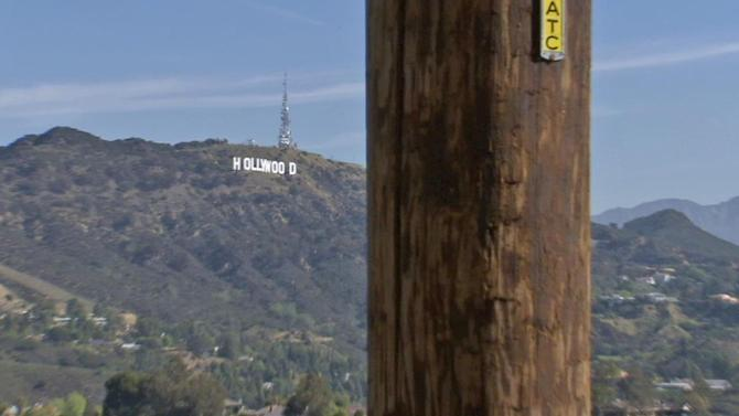 Hollywood cell tower plans attract dissension
