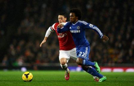 Soccer - Barclays Premier League - Arsenal v Chelsea - Emirates Stadium